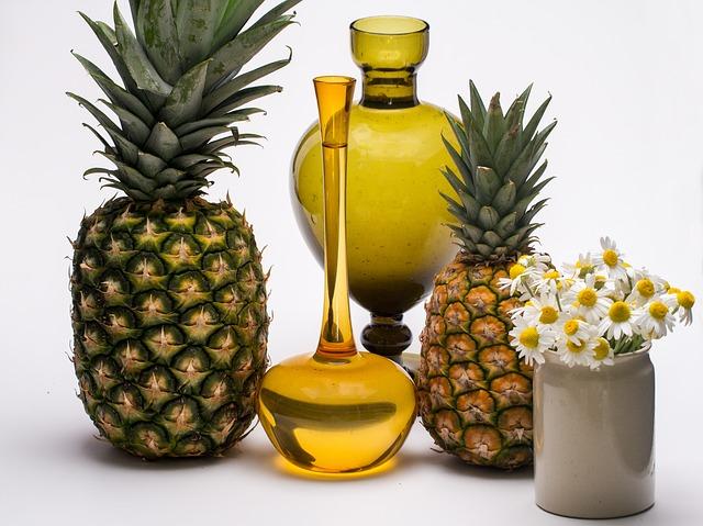 ananas a vázy