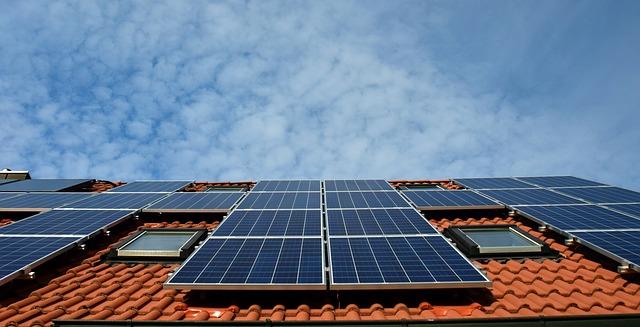 fotovoltaický systém na střeše
