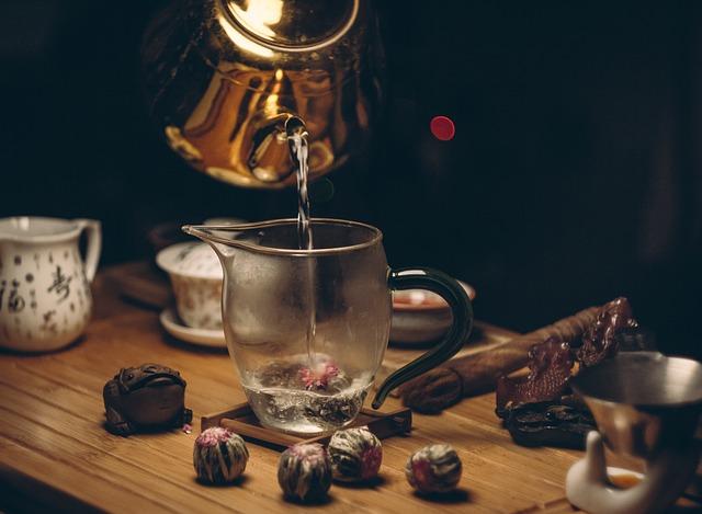 květoucí čaj