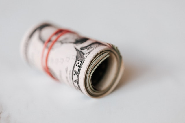 rulička peněz